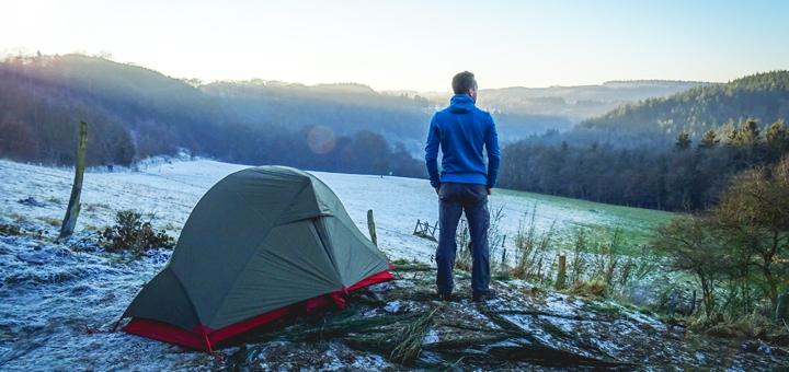 Comment se préparer pour une nuit en montagne ?