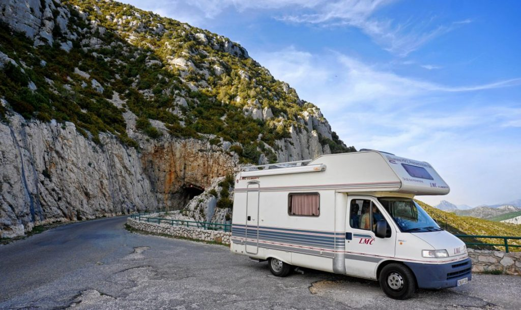 Les avantages de partir en randonnée en camping-car
